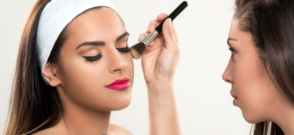 Make-up courses for foreigners in english
