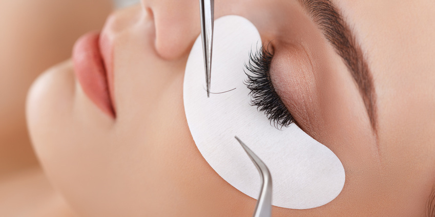 Eyelash Extension Application 1:1 method Course in English